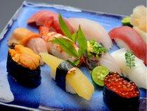 すし屋のかつ勘(リゾート内レストラン)/確かな腕の寿司職人による本格的な握り寿司をお楽しみください。