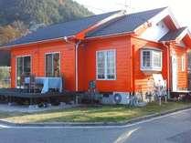 デッキの改造&外壁塗装が終了して可愛い宿に変身しました☆