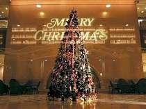 【オークラのクリスマス】1日2組限定!ツリーのあるお部屋でラグジュアリークリスマス