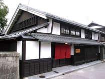 登録有形文化財に登録された築180年の古民家。趣はそのままに完全リノベーション。