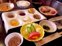 *ご朝食一例/綺麗な盛りつけで、朝からお箸が進みます。