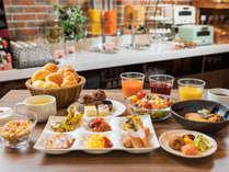 【朝食一例】和食・洋食あわせて約30品が並ぶ朝食ビュッフェ♪