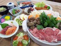 *【すき焼き】夕食一例/メインのすきやき鍋の他に5~6品が付きボリュームたっぷり♪