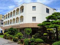 便利な名護の中心の老舗ビジネスホテルです。