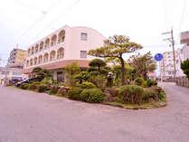 *アクセス良好!名護の中心にある老舗ビジネスホテル。