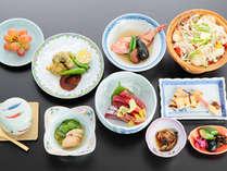 *会席膳(ご夕食一例)三崎で味わう港直送のまぐろは絶品です♪