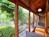*【客室例/鶯】それぞれ趣の異なる空間です、ごゆっくりお寛ぎ下さい。