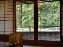 *【同風庵】1階にある茶室の趣があるお部屋。日常の喧騒から離れて過ごせるお部屋です
