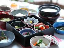 健康志向に配慮した体に優しいお料理をご用意しております。