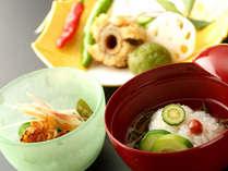 ◆繊細に骨切りされる事で、柔らかな食感をお楽しみ