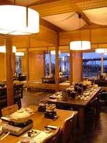 ★お食事処「花かいろう」では旬の食材を最高の形で味わえる和食会席コーナーです