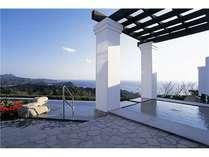 ★女性用の露天風呂からのこの抜群の眺望と温泉を楽しむ事ができます