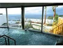 ★内湯から望む眺望もまたすばらしく、どちらからでも楽しむ事ができます