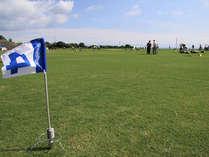子供でも楽しめる簡単なグラウンドゴルフです