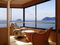 305「湖月」から眺める竹生島