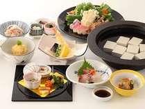 ~湯豆腐懐石、しゃぶしゃぶ等から選べるご夕食~ 和食 「華頂」ディナー付きステイ <夕朝食付>