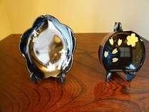 金箔貼り付け体験にて 小皿 小箱