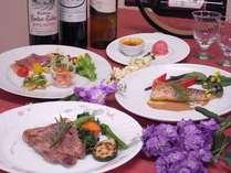 ワインは常時20種ご用意。是非ご賞味下さい。地産地消ディナーやお刺身との相性抜群♪