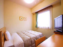 シングル【禁煙】 ベッドサイズ140×196(cm)全室無料インターネット回線完備