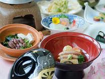 加賀藩の時代から続く金沢を代表する郷土料理「治部煮」治部煮を含んだ会席料理をお楽しみ下さいませ。