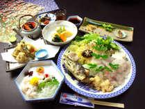 夏の淡路の旬といえば【鱧会席】毎年、鱧を食べに遠方より来られる方もいらっしゃいます!