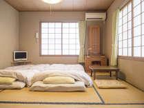 「ケンジの宿 本館」和室8畳