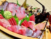 *伊東港で水揚げされた新鮮旬魚の舟盛り♪ぜひご堪能ください!