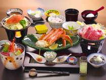【お料理グレードアップ】特選ズワイ蟹&上州和牛すき焼き☆最上級「桐」会席を個室お食事処でゆったり♪
