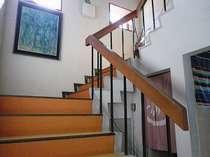 お部屋に続く階段