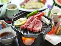 お肉が好き!!というあなたに…牛肉の陶板焼きをプラス!