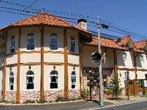 南欧風ログハウス造りの小粋なペンション