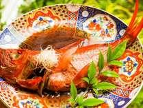 名物の金目鯛の煮つけふっくら とした炊きあがりで、素材の味で勝負です