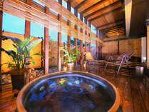 地域内のホテルで唯一<露天風呂>あり!外の空気に触れ、解放感を感じることができます♪
