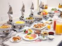 【朝食バイキング】しっかり食べよう♪今日は和食?洋食?選ぶのも楽しい朝食ですよ☆