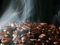 Delonghi挽きたてコーヒーを何時でもお部屋にてごゆっくりお召し上がりいただけます。