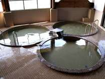 九重町温泉館見晴らしの湯。当館よりお車で15分。