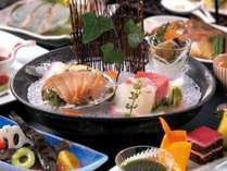 料理長厳選の旬の食材を使用した特別会席『プレミアムプラン』(3月~5月)