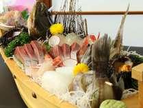 大満足の舟盛りをぜひ、お召し上がり下さい!