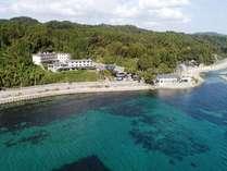 海沿いにある当館です