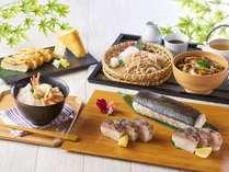 地元の味覚をはじめとする日本料理も勢ぞろい(6/1~)