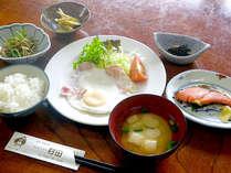 【朝食付】四季の自然と、お肌すべすべ温泉時間