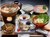 【リニューアルオープン記念♪お試し朝食付プラン】料理長自慢の料理と川沿い露天風呂を満喫♪