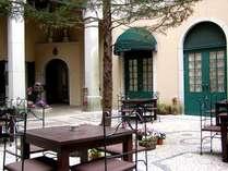 中庭ガーデン