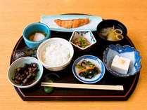 朝食は和食膳*画像はイメージです