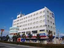 ホテル バリ・イン外観