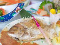 *お食事一例/旬の素材を使ったお料理をお召し上がり下さい。