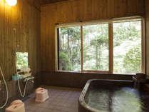 *離れのお風呂/インド原産の天然石を使用した浴槽で至福の時間(別途有料にて貸切も可能です)