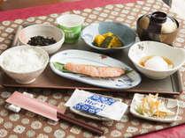 *朝食(一例)/純和風!日本の朝ごはんをお召し上がりください。