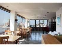 4階レストランで朝食。眺望は最高!