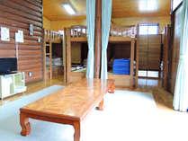 *【8人棟ケビン】バス・トイレ・キッチン・エアコン・ガスヒーター完備。